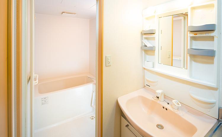 親族控室2浴室